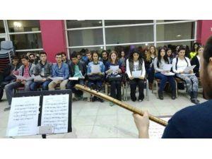 Türk Halk Müziği Gençlik Korosu Çalışmalarına Başladı