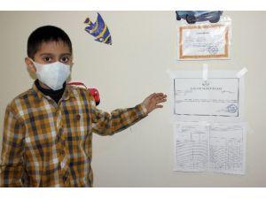 Lösemi Hastası Minik Erhan'ın Büyük Başarısı