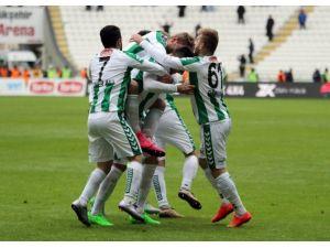 Torku Konyaspor Ligdeki Tırmanışını Sürdürüyor