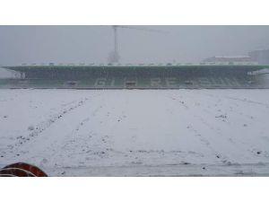 Giresunspor-Vartaş Elazığspor maçına kar engeli