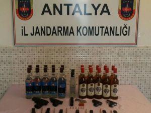 Antalya'da Kaçak İçki Ve Tabanca Ele Geçirildi