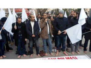 Siirt'te Çıplak Ayaklı Eylem