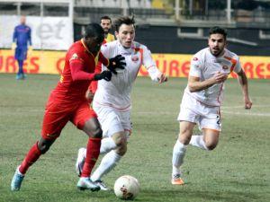 Gözetepe: 0 - Adanaspor: 0