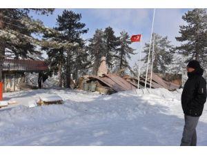 Kayak Merkezi'nde Korkutan Yangın