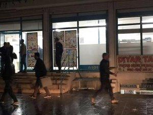 Diyarbakır'da teröristler bir markete molotofkokteyli attı