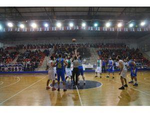 Basketbolda Büyük Başarı