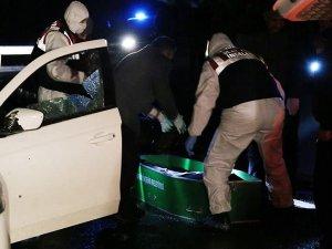 Şanlıurfa'da otomobile silahlı saldırı: 2 ölü, 1 yaralı