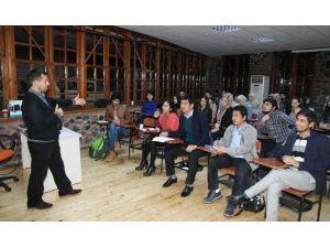 Yabancı Dil Okullarına Yoğun İlgi