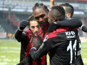 Gaziantepspor'da Habıbou'nun Performansı Göz Doldurdu