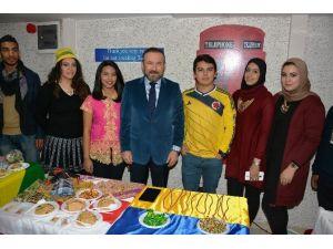 Speaking Kafe'de Global Village Etkinliği Yapıldı