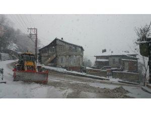 Kozlu 'Kara Kış'a Teslim Olmuyor