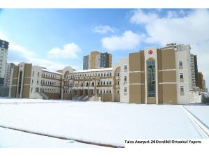 Talas'a Bir İlkokul Bir De Ortaokul