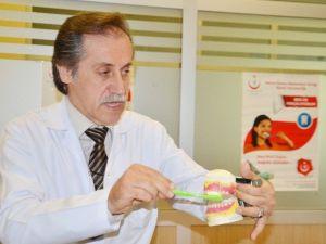 Edirne'de 1 Yılda 136 Bin 976 Hasta Ağız Ve Diş Sağlığı Merkezi'nde Tedavi Oldu