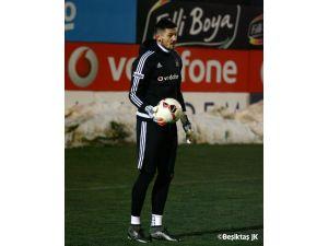 Beşiktaş'ta yeni transferler ilk antrenmana çıktı