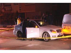 Lüks otomobilde şüpheli ölüm