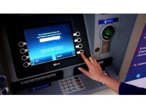Pasaportu Dahi Olmayan Memura Bankadan Yurt Dışı Kesintisi