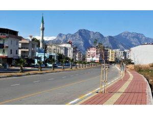 Kepez Belediyesi'nden Ünsal Mahallesine Yeşil Cadde