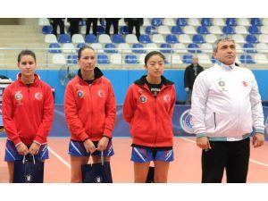 Bursa Büyükşehir'den masa tenisinde büyük zafer