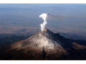 Azerbaycan'da Aktarma-Paşalı volkanı faaliyete geçti