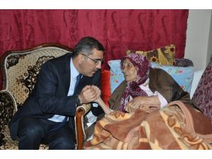 """Başkan Çelikcan: """"Büyüklerimiz Hayat Tecrübemiz"""""""