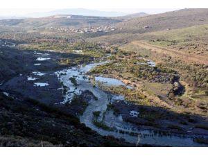 Güzelhisar Barajı'ndan Su Bırakılmaya Başlandı