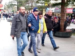 Antalya'da Cami Bahçesindeki Patlamaya 2 Gözaltı