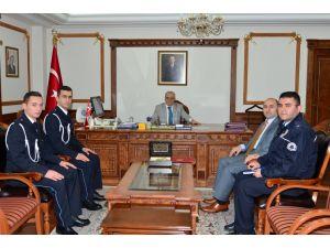 Kırşehir POMEM'den Bayırbucak Türkmenleri'ne maddi yardım