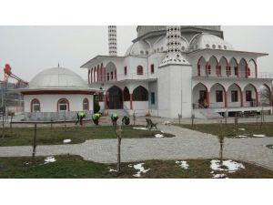 Karesi'de Camiler Pırıl Pırıl