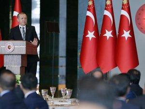 Erdoğan: Statükonun gardiyanlığını yapan bürokrasi ülkeye patinaj yaptırır