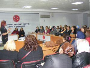 MHP'li kadınlara 'etkili iletişim' anlatıldı