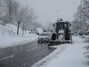 İzmit Belediyesi Karla Mücadele Karnesini Açıkladı