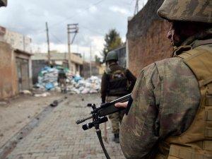Cizre'de 2, Sur'da 4 terörist etkisiz hale getirildi
