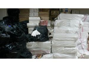 İzmir'de yaklaşık 400 bin paket kaçak sigara ele geçirildi