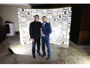 Nilüfer Belediyesporlu Çelik'e İki Ödül
