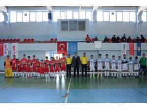 U16 Salon Hokeyi 1. Lig Müsabakaları Gaziantep'te Başladı
