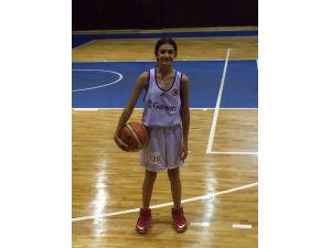 Malatyalı Kadın Basketbolcu Ayliz, İstanbul'a Davet Edildi