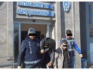 16 Ayrı Evden Hırsızlık Yapan 2 Kişi Tutuklandı