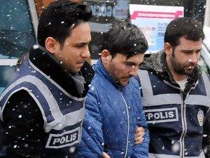 Eniştesini bıçakladığı iddia edilen Emrah Kaplan tutuklandı