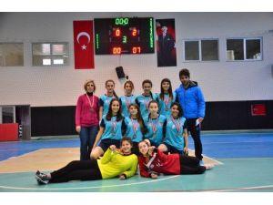 Okullararası Futsal Kız Ve Erkek Grup Müsabakaları Adana'da Tamamlandı