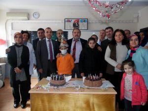Lösemi Hastası Çocuklar İlk Kez Doğum Günü Kutladı