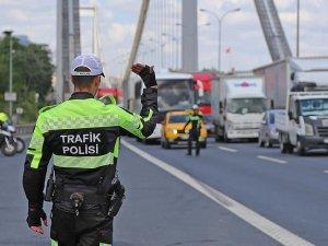 İstanbul'da günde 1,5 milyon lira trafik cezası kesildi