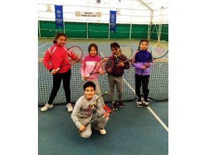 Muğlalı Minik Tenisçilerin Hedefi Kupa