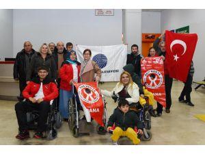 Olimpiyatlara katılacak engelli sporcuya Başkan Karalar'dan sürpriz hediye