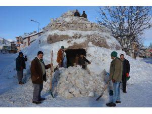 Kardan Mağara