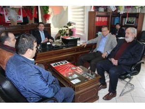 """Malatya Müteahhitler Derneğinden CHP""""ye Ziyaret"""