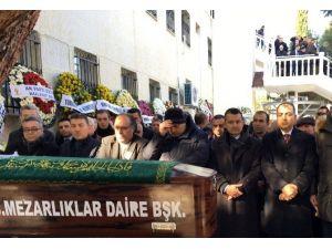 Ayşe Pakdemirli'nin Kardeşi Bekir Pakdemirli Acısını Paylaştı