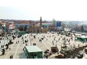 Cacabey Meydanı'nda toplantı ve gösteri yürüyüşü yapılamayacak