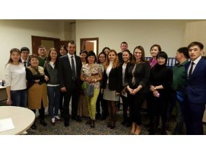 Kırgızistan-türkiye Manas Üniversitesi Turizm Ve Otelcilik Yüksekokulu'dan 'Topluma Hizmet' Projesi
