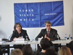 İnsan Hakları İzleme Örgütü: Gülen hareketinin teröre karıştığına dair kanıt yok