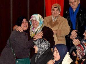 Ev Sahibi Olanlar Sevinçten, Olmayanlar Üzüntüden Gözyaşları Döktü
